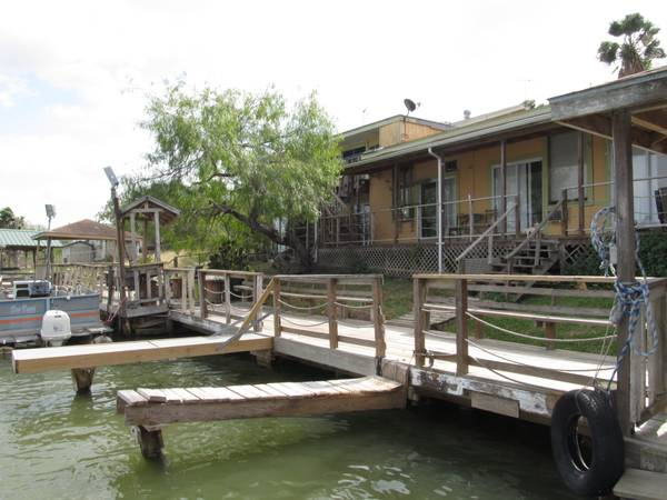 WEEKLYMONTHLY APARTMENT RENTALS with fishing (Arroyo City)