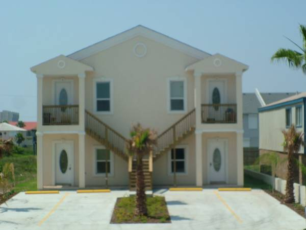 - $1550 2br - 1000ftsup2 - Winter Texan Special Beach Side Condo available now (South Parde Island, TX)