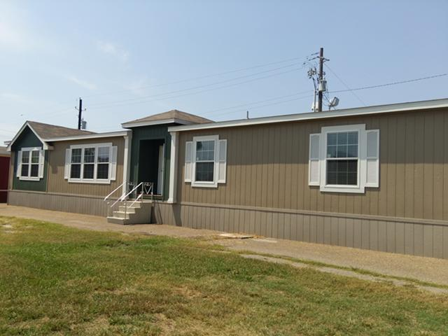 128 763  4br  Reduced for Quick Sale - 4 bedroom 2 bath with Media Room