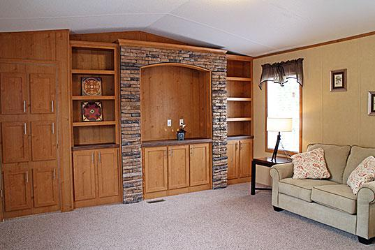 3br  Come Check Out This Glamorous 1216 Sq Ft Singlewide