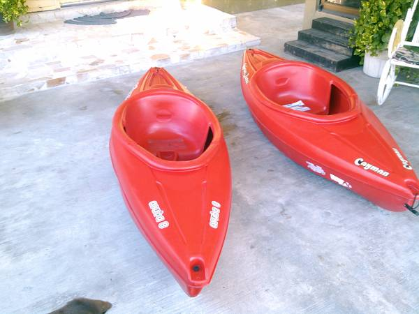 2 - KAYAK WATERQUEST 8 ARUBA  CAYMAN - $275 (MATAMOROSBROWNSVILLE)