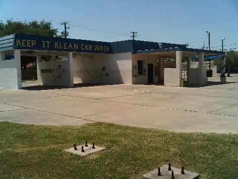Car Wash - $240000 (729 West King Ave)