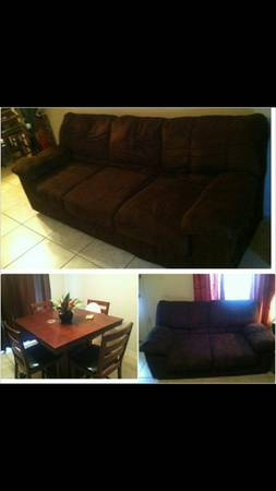 Chocolate brown couches and table - $500 (Harlingen)