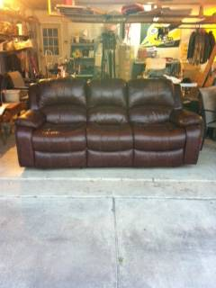 Leather Couch with Two Recliners - x0024350 (Los Fresnos, TX)