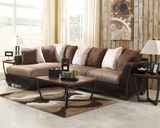 2pc Lacks brown sectional for Sale - x0024250 (Brownsville)