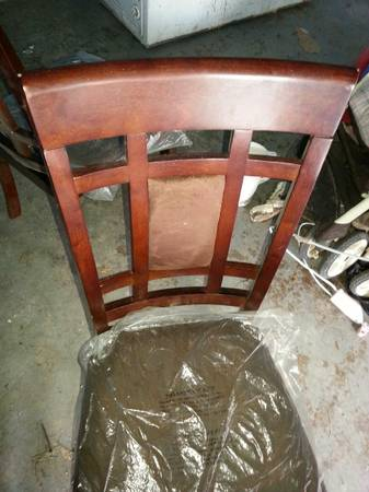 dinner table with 6 chairs (harlingen)