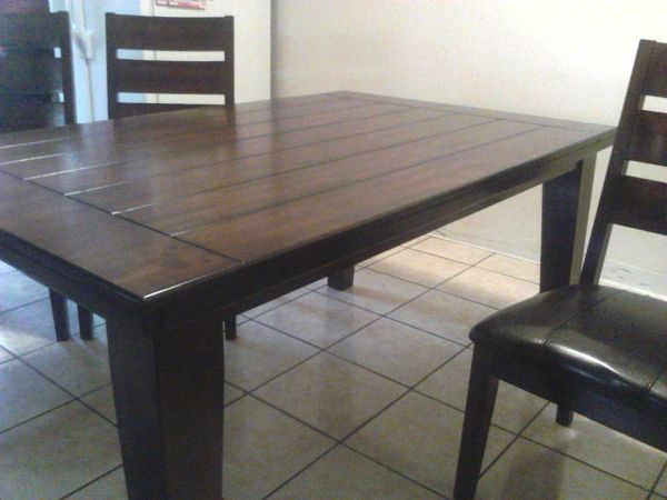 Dining Table W4 Chairs - $600 (Brownsville)