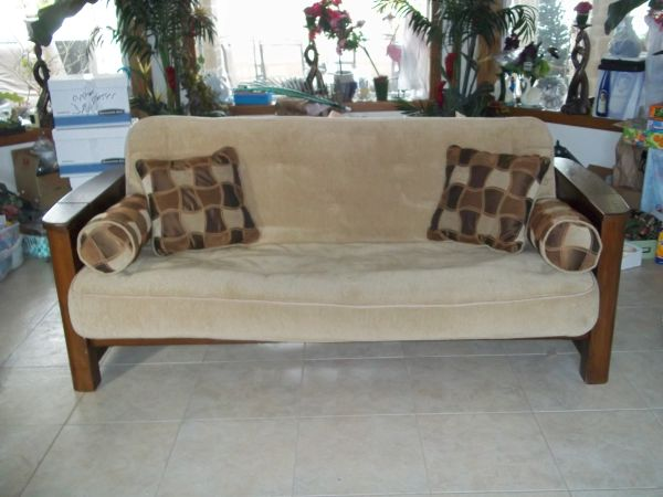 Futon from Sams Club - $250 (Los Fresnos)
