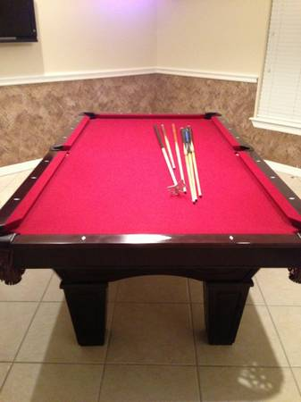Selling a pool table - $1300 (Harlingen)