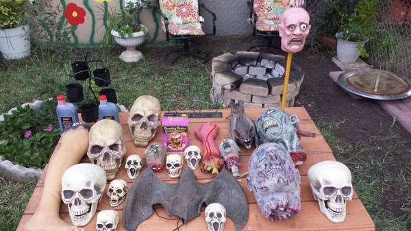 Halloween Decoration Lot - $150 (Brownsville)