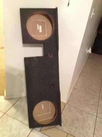04-08 F150 Super Crew custom speaker box for 2-12 inch speakers - $100 (Brownsville)