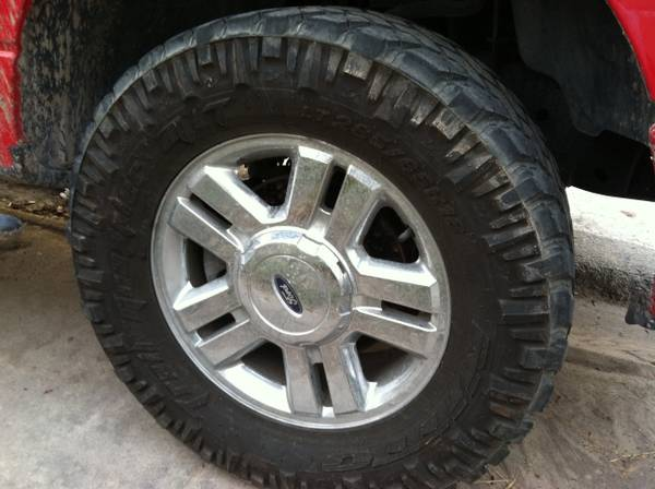 OEM Ford truck 2007 18s Rims 6 lugs and Tires with nitto mud-terrains 33s F150 - $700 (Brownsville)