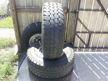 31x10.5x15 AT tires and rims - $275 (san benito)