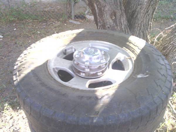 original rims for a f150 00-03 - $100 (brownsville)