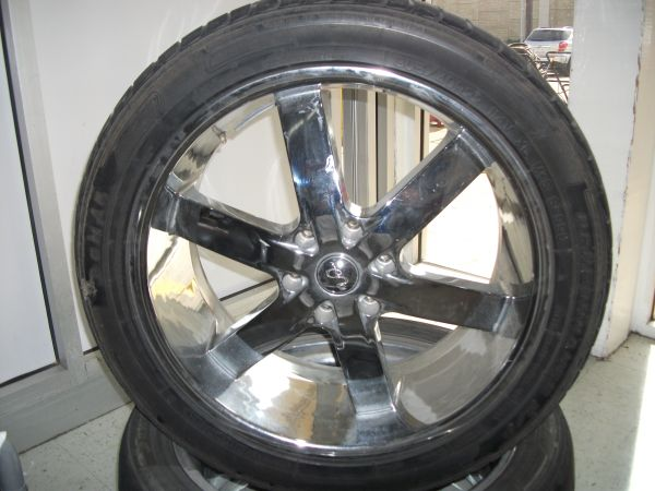 U2 22 Rims Tires For Sale - $500 (San Benito,Tx)