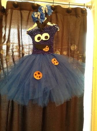 Cookie Monster tutu costume (2t-3t) - $20 (brownsville tx)