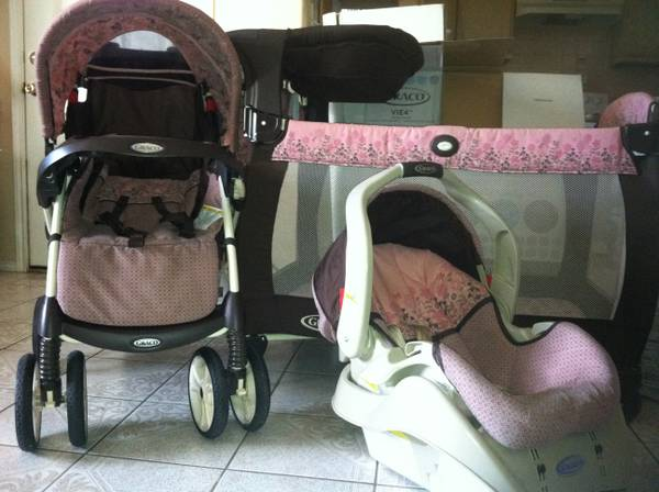 COMBO SET--Carseat, Stroller, Playpen - $210 (Brownsville,tx)