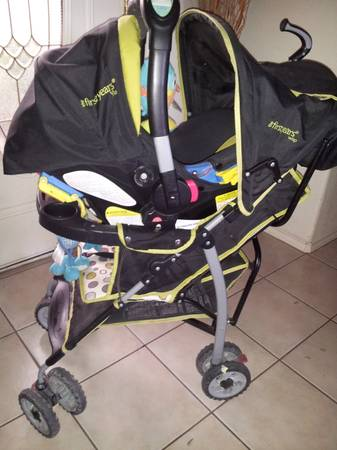 the first years wisp travel system and other items - $120 (brownsville tx)