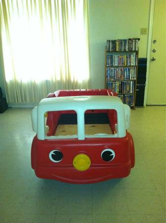 Step 2 Fire Truck Toddler Bed Sale For Sale