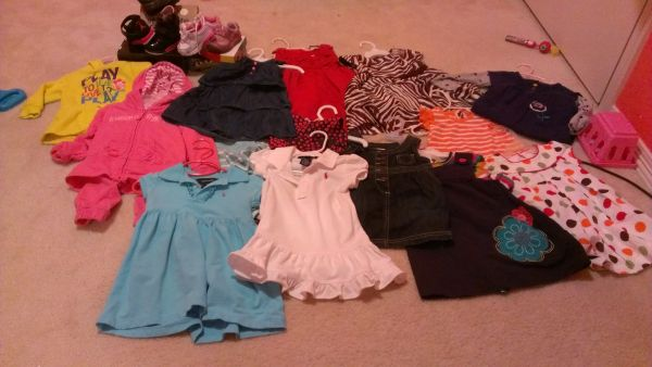 alot of baby girl clothes..polo,gap,ect (brownsville)