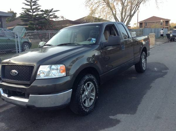 2005 FORD F150 CABINA Y MEDIA NO PRENDE - x00244100 (Brownsville )