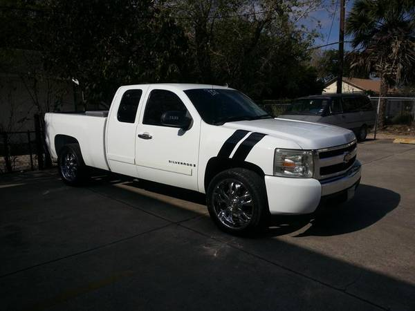 07 CHEVROLET SILVERADO CABINA Y MEDIA - x002410900 (BROWNSVILLE)