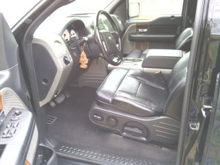 2004 Ford f150 lariat with 22 rims - $10500 (brownsville )