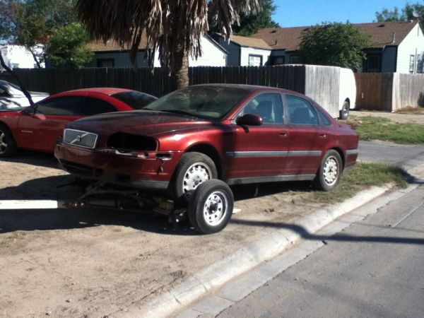 Compro carros para yonke - $300 (brownsville,tx)