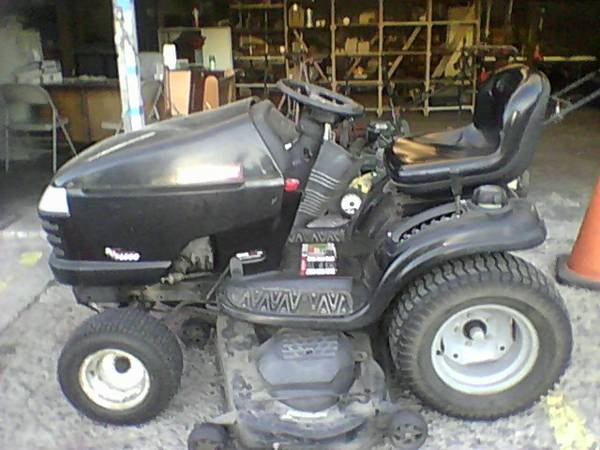 must see tractor - $1 (brownsville)