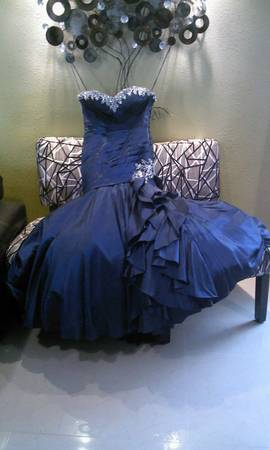 dress for sale, for prom,wedding or any special occaicion - $200 (brownsville)