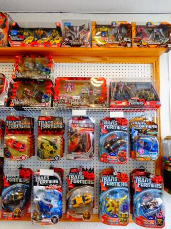 Transformers,Toys, collectibles (Harlingen ,Tx)