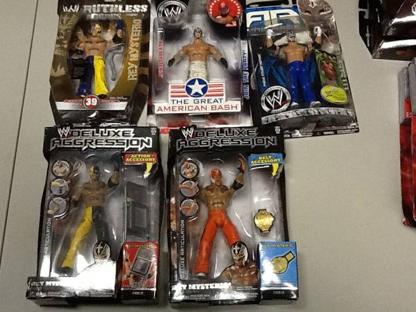 wwe wrestling figures (brownsville )