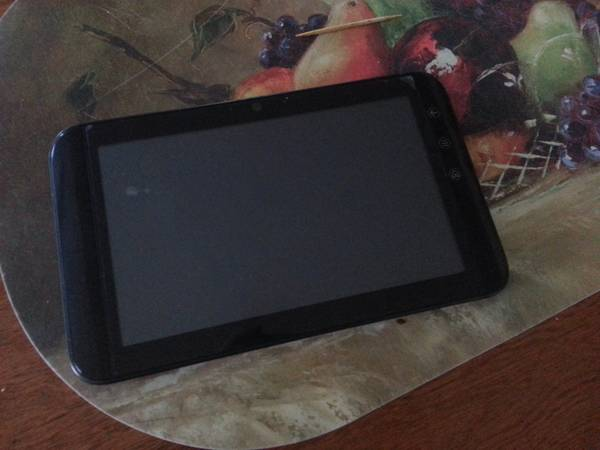 Dell Streak 7 Inches T-Mobile For Parts Or Repair - $80 (Brownsville,Southmost)