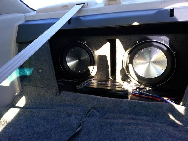 AMP and Woofers for Sale - $350 (brownsville)
