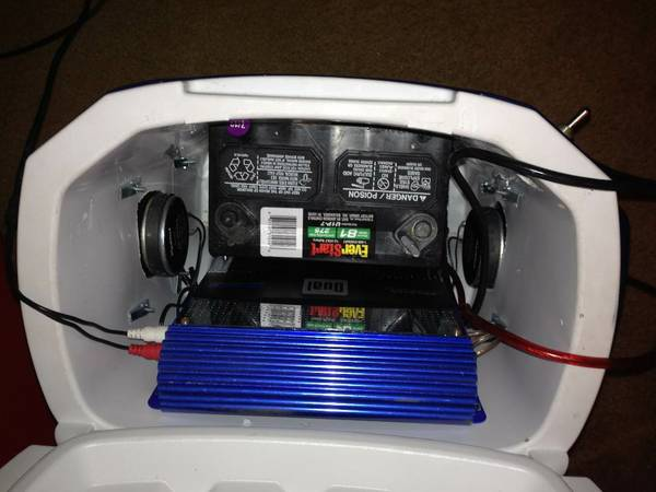 stereo ice chest - $250 (Brownsville, tx)