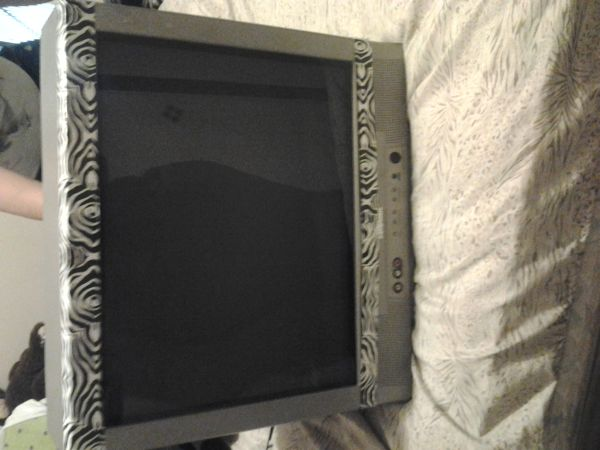 20 flat screen tv $30 - $30 (brownsville)