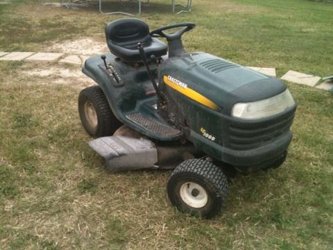 Craftsman Riding Lawn Mower - $210 (Brownsville, TX)