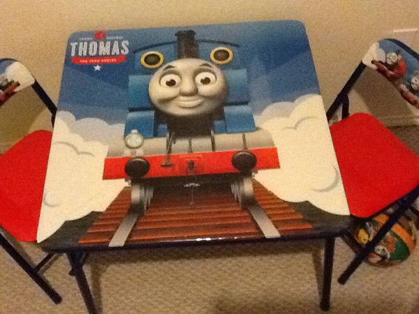 Thomas The Train table and chairs -   x0024 20  Brownsville