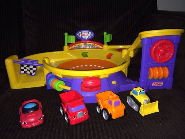 Fisher-Price Lil  Zoomers Spinnin  Sounds Speedway  Brownsville