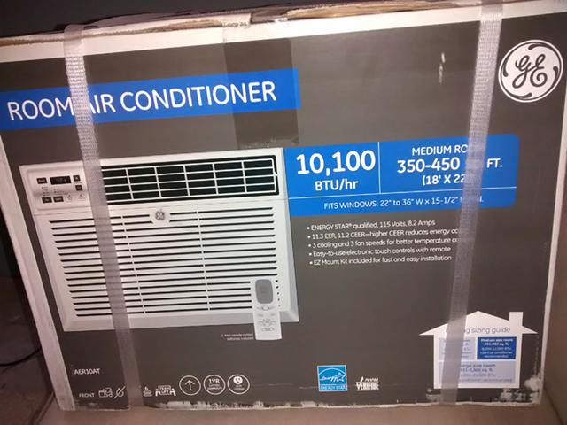 300  Brand New 10 100 BTU Air Conditioner