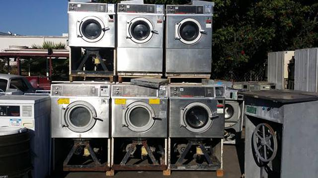 400  Coin Laundry Speed Queen Super 20II Front Load Washer