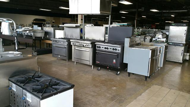 Moving sale  Smallwares and used restaurant equipment   UP TO 40 OFF