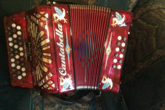 cantabella accordion FBE made in Italy - $1100 (brownsville tx)