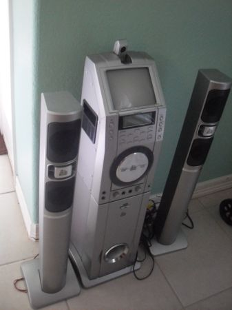 Karaoke Machine - $150 (Harlingen)