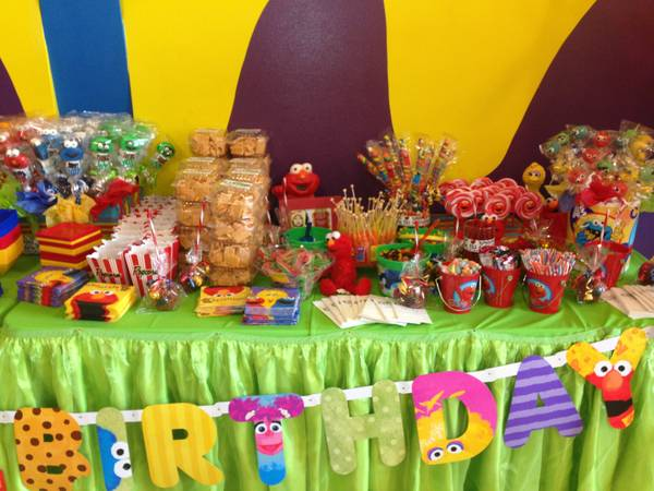 Candysnack Buffet tables (Brownsville)
