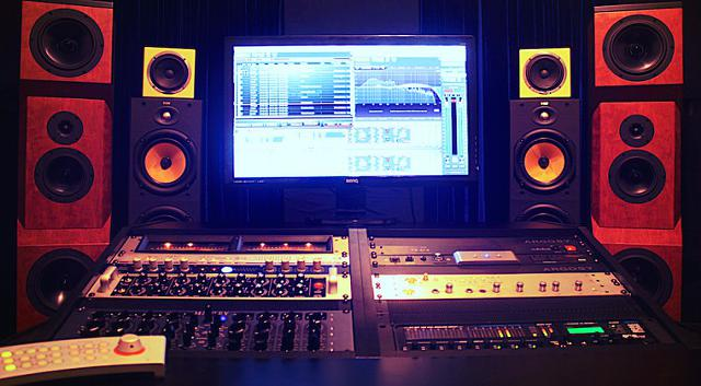 I Will Professionally Master Your Songs Any Genre For ONLY  5 Dollars   In 24 Hrs
