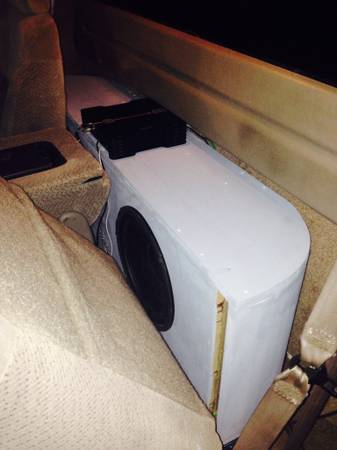 Custom car audio subwoofer boxes and etc    Pineville  la