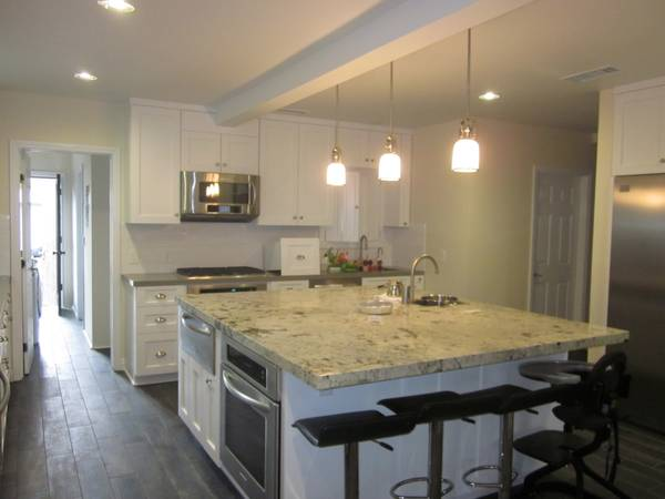 Expert Countertop Contractor  Bonded and Insured   10004    Los Angeles