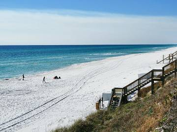 -  275   4br - 2800ft sup2  - Professional cleaned home pet friendly     Panama City Beach  FL