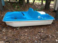Paddle Boat - 5 seat w motor, exc cond. - $475 (Toledo Bend near Zwolle and 1215)